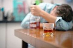 how to quit drinking alcohol on your own